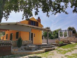 Traumhaft gelegenes Landhaus mit Pool in Rovinj