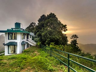 Cottage 2 at Deodar Estate by Vista Rooms