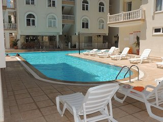 Amazing 2 bedroom apt next to swimming pool. (RENT PAT 2019-40)