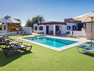 Villa Es Canar