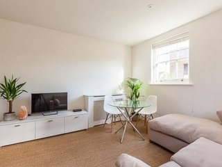 East London Apartment - 5 mins walk to Bethnal Green underground tube