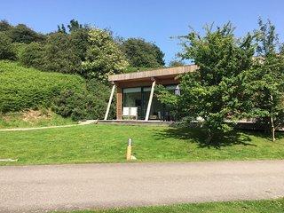 Yorkshire Dales Lodge 1 Ensuite - Award-winning pet friendly lodges with 2 en-su