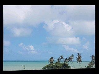 Casa  toda sua. Exclusiva vista para o mar. Brisa fresca.