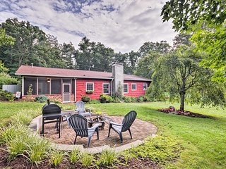 Quaint Mills River Farmhouse w/ Grill on 80 Acres!