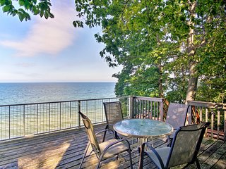 NEW! House w/Hot Tub & Deck Overlooking Lake MI!