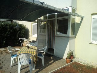 Zadar Apartment Sleeps 6 with Air Con and WiFi - 5810282