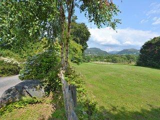 75737 Cottage situated in Dolgellau
