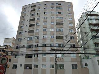 Otimo apartamento na area central de Balneario Camboriu