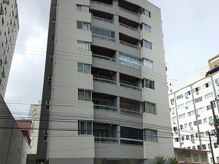 Excelente apartamento na area central Balneario Camboriu