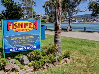 FISHPEN UNIT 3 -Just steps from Merimbula Lake