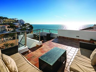 Casa Perola - 2 Bedrooms, Sleeps 5.  Stunning Views Overlooking the Beach