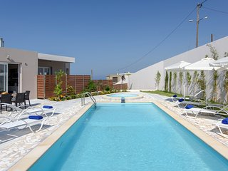 Ideal for family,luxury,relaxing,sea view