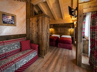 Chalet Matterhorn Francois:Catered chalet with private spa, jacuzzi and sauna