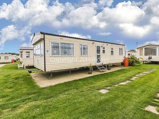 8 berth caravan for hire near Great Yarmouth at Broadland sands ref 20225BS