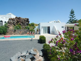 Villa with spectacular views in Conil LVC330505