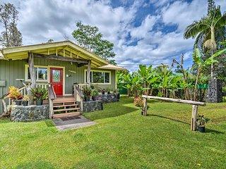 Home w/ Hut ~10 Mi to Hawaiian Beaches Park!