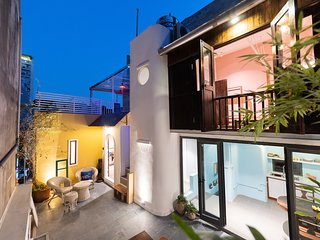 KOBU HANOI HOMESTAY - City Gem - Entire House