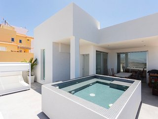 Nice house with swimming-pool