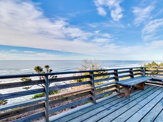 NEW LISTING! Dog-friendly house w/ a private hot tub and incredible ocean views!