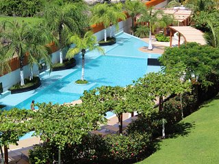 .La Joya.....Stunning 2 Bedroom penthouse, View of Banderas Bay, Close to Beach,