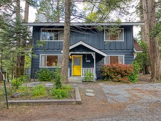 NEW LISTING!!  Spacious family cabin w/ large deck & forest views