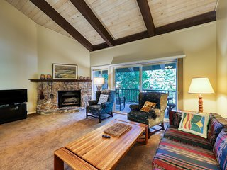 Well-appointed, dog-friendly Tahoe City condo w/ a fireplace & great views