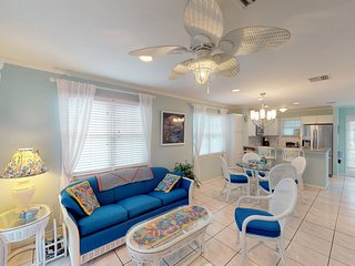NEW LISTING! Beautiful Key West townhouse w/ furnished deck & shared heated pool