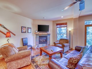 Lovely riverfront home with private hot tub, space for 12