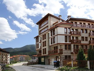 Two bedroom apartment in Murphys Lodge