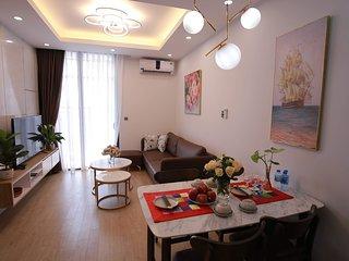 Rosy 5★ Vinhomes Green Bay ♥Luxury♥ 2 Bed Room Apt