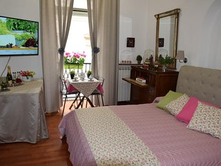 Beautiful apt in Napoli & Wifi