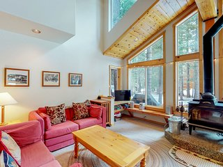 NEW LISTING! Dog-friendly cabin w/ shared pool/hot tub - near hiking/skiing