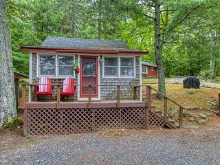 Waterfront shingled cottage w/ shared boat dock - near Acadia!