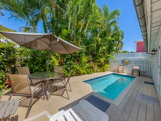 Old Town Key West classic w/ private heated pool and enclosed patio area