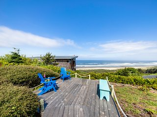 Dog-friendly & oceanview house w/private pool table & sauna