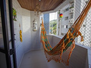 Conforto e praticidade no Guarujá Leo Guarujá
