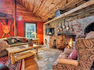 NEW! Historic Cabin in Little Switzerland w/Fire Pit. Short Walk to Village!