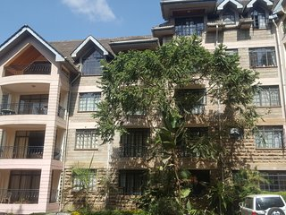 Executive 3 Bedroom apartment on Riverside dr, Westlands Nairobi with a pool