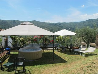 Aramo Holiday Home Sleeps 8 with Pool and Free WiFi - 5654964