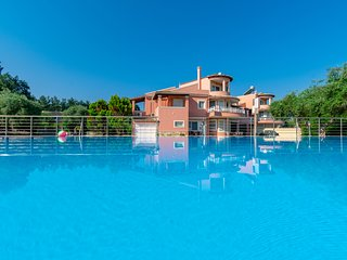 Dassia Villa Sleeps 12 with Pool Air Con and WiFi - 5742559