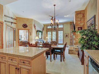 One of the Largest 1 Bedroom Ski in Ski Out Luxury Condos in Keystone!