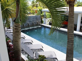 Palm Cottages - The Pool Cottage - LUSH TROPICAL PARADISE