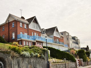 76350 Apartment situated in Woolacombe
