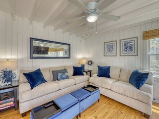 Central home w/ 3 living spaces & decks - in the heart of Ocean Bay Park!