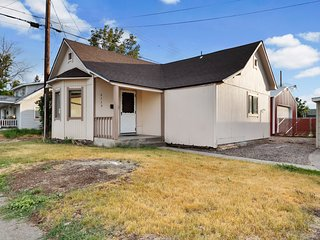 Dog-friendly home w/ gas fireplace & fenced yard - close to sites - 2 homes in 1
