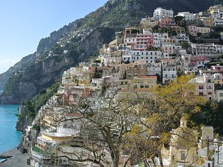 AMORE RENTALS - Apartment Mare B with Sea View, Air Conditioning Positano Center