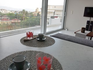 AllSeasonsApartment In Kalamata