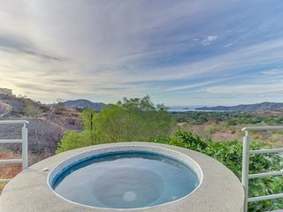 Inviting and private house w/private hot tub, ocean views & near the beach.
