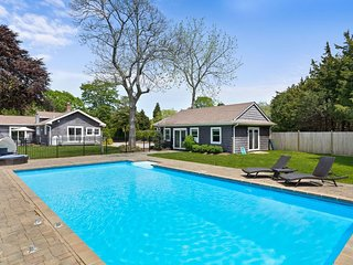 Beautiful Water Mill home with large fenced backyard, pool and dog-friendly too!