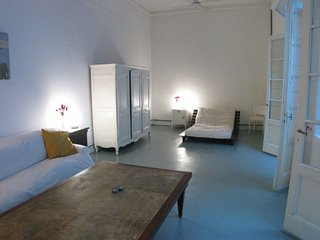 B136 Beautiful Modern apartment is apart of traditional Palermo's mansions in th